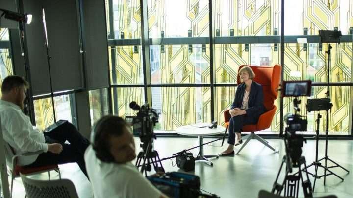 Filmding - Branded documentary - Opnamedag London - Interview setting uitgebreid